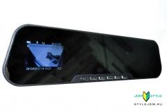 """2.7"""" LCD 1080P HD Car Camera"""